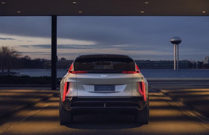 Cadillac, ilk elektrikli SUV modeli Lyriq'i görücüye çıkardı