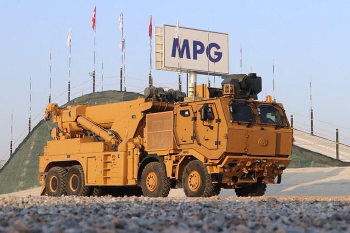 Zırhlı askeri araçların kurtarıcısı M4K'ların teslimatı tamamlandı
