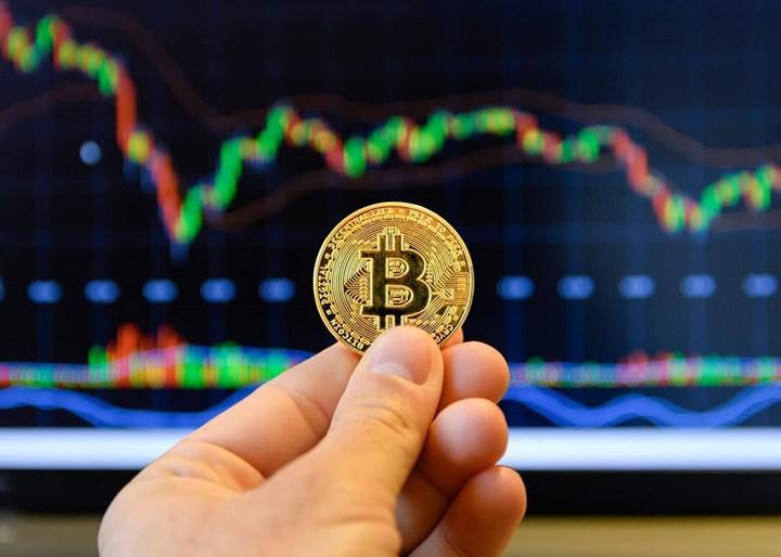 Ünlü yönetim fonu riskten korunmak için Bitcoin satın aldı