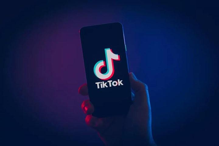 Trump, TikTok'un satışı için verdiği süreyi 90 güne uzattı