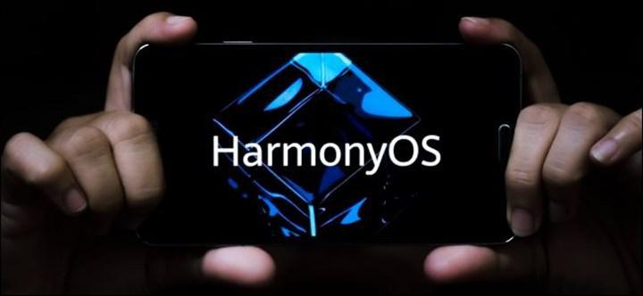 Huawei CEO'su, HarmonyOS'lu ilk telefonun bu yıl içinde tanıtılacağı iddialarını yalanladı