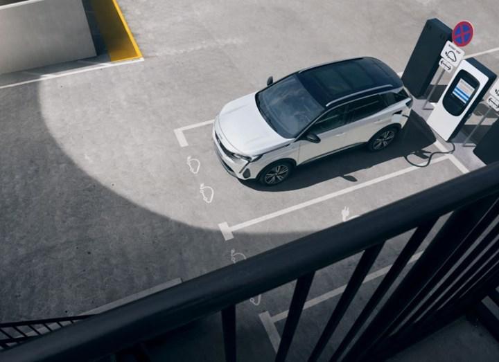 Makyajlı Peugeot 3008 tanıtıldı: İşte tasarımı ve özellikleri