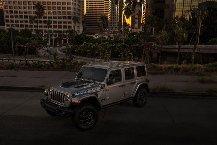 Jeep'ten elektriklenme adına yeni adım:  Wrangler 4xe