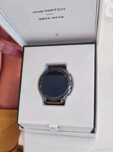 Vivo Watch canlı olarak görüntülendi