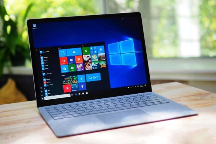 Windows 10 arama özelliği, rastgele web sonuçları gösteriyor