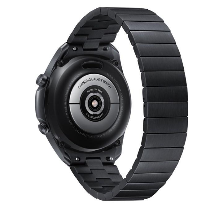 Samsung titanyum kasalı akıllı saat Galaxy Watch 3'ü tanıttı