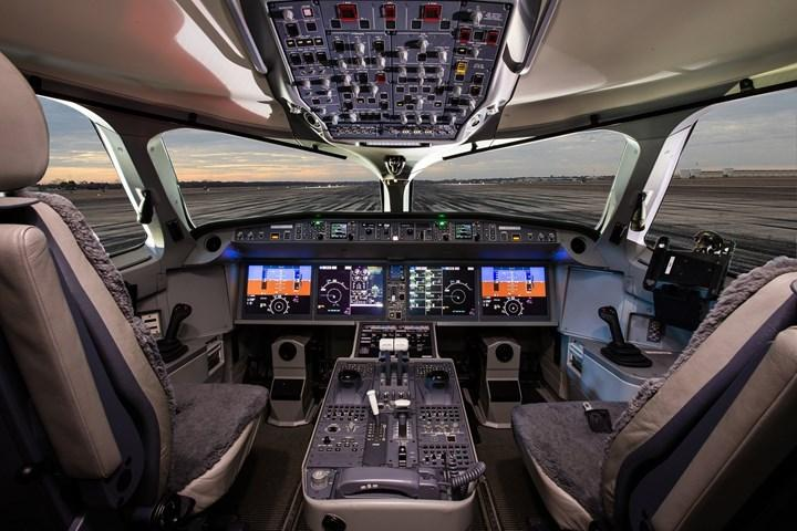 DARPA, uçak kokpitlerindeki elektromanyetik alanların pilotlar üzerindeki etkilerini inceleyecek