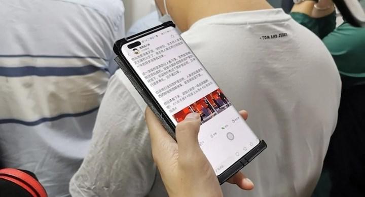 Huawei Nova 8 Pro'nun canlı fotoğrafları ortaya çıktı