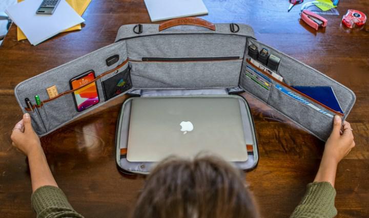 Yenilikçi dizüstü taşıma çantası ilgi görüyor