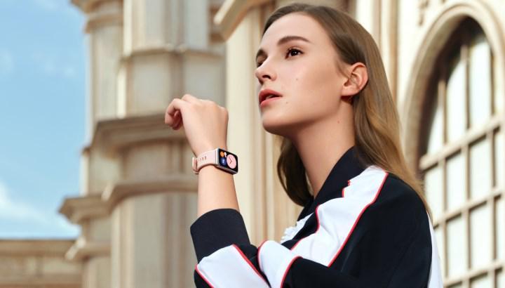 Huawei Watch Fit indirimli olarak ön siparişe açıldı