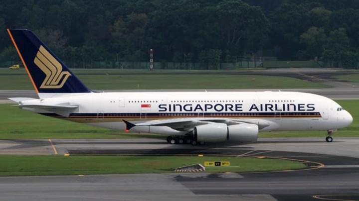 Singapur Havayolları, yerde bekleyen A380'lerden birini restorana çevirme kararı aldı