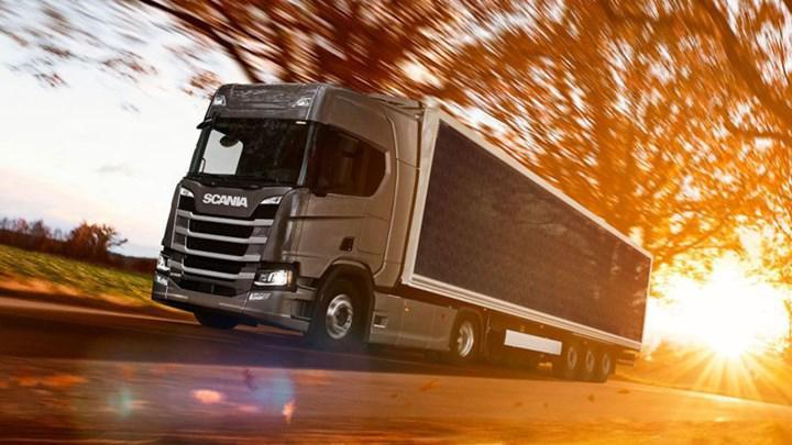 Scania güneş enerjili hibrit kamyonları test etmeye başladı