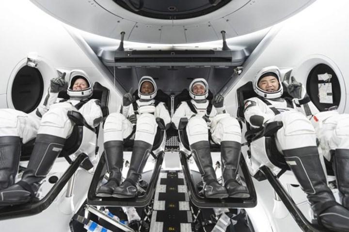 Astronotları UUİ'ye taşıyacak Crew Dragon Crew-1 görevi bir kez daha ertelendi