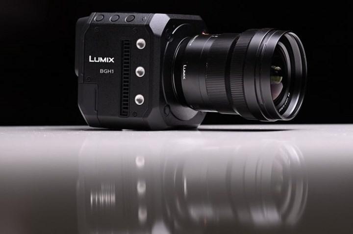 Panasonic, video odaklı ilk kutu tarzı aynasız kamerasını tanıttı