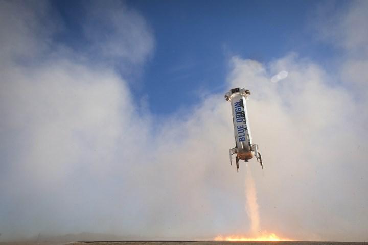 Blue Origin, aynı roketi yedi kez uzaya göndererek yeniden kullanılabilirlik rekoru kırdı