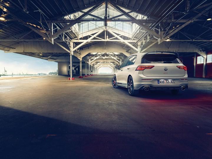 300 beygirlik yeni Volkswagen Golf GTI Clubsport tanıtıldı