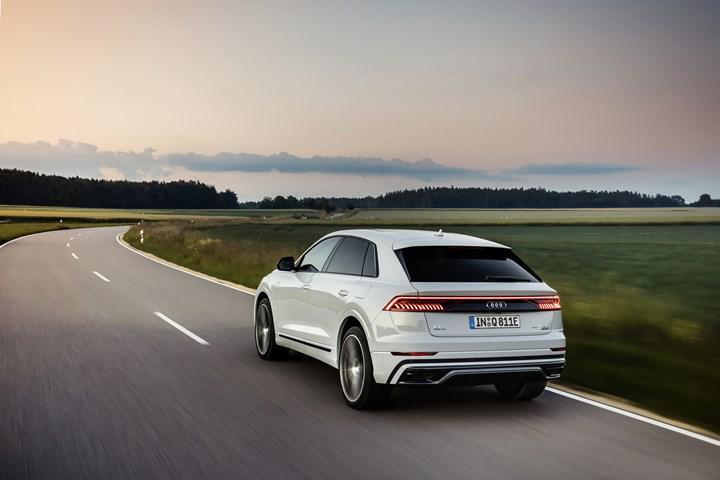 Audi Q8'in şarj edilebilir hibrit versiyonu tanıtıldı: Q8 TFSIe Quattro