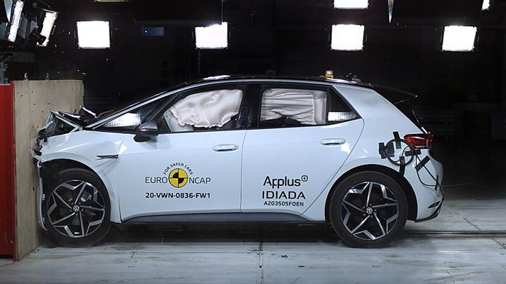 Elektrikli Volkswagen ID.3 Euro NCAP'ten 5 yıldız aldı