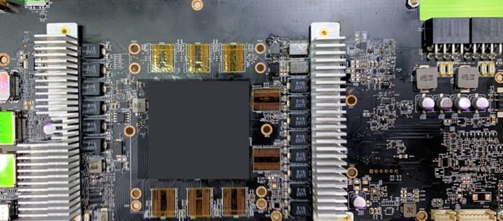 RX 6000 mühendislik örneği kart sızdı: RX 5700 XT'ye benziyor