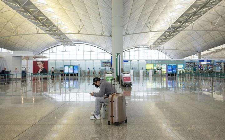 Avrupa'daki 200'e yakın havalimanının, borçlarını ödeyememesi nedeniyle batabileceği belirtildi