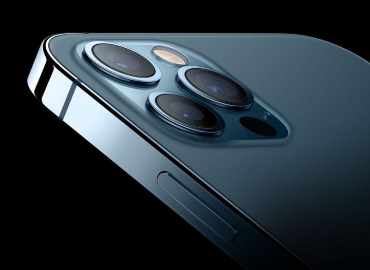 iPhone 12 Pro modelleri sosyal mesafenizi koruyacak