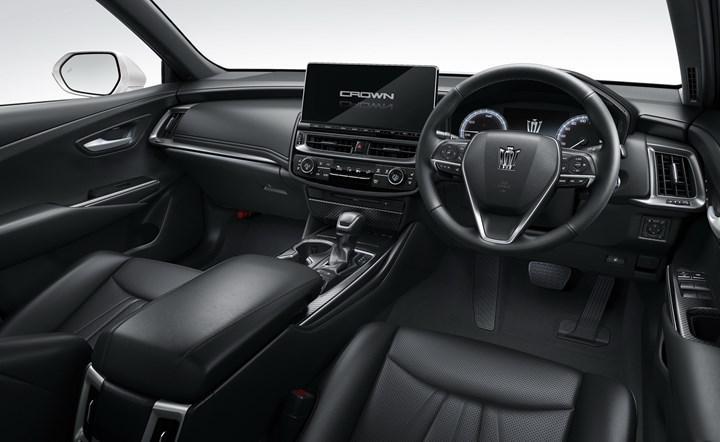 2021 Toyota Crown tanıtıldı: Teknoloji odaklı güncellemeler