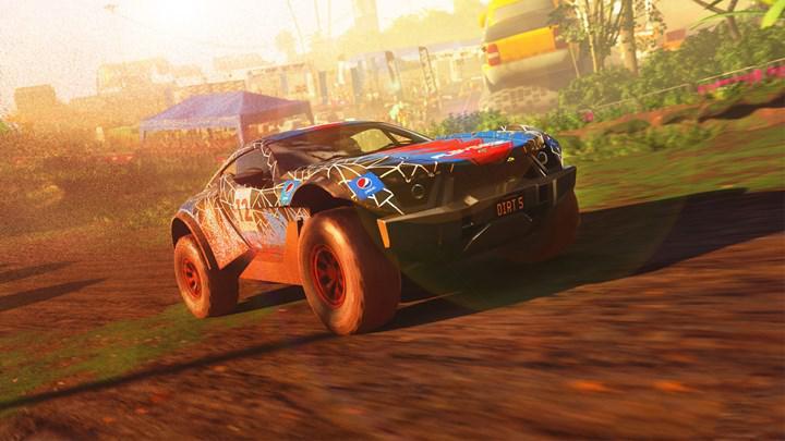 Dirt 5 geliştiricisi PS5 kontrolcüsü DualSense'in inanılmaz olduğunu söylüyor