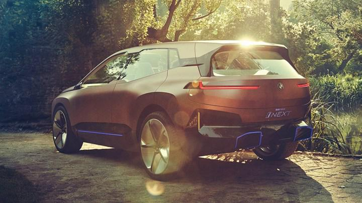 BMW yeni elektrikli SUV modelini 11 Kasım'da tanıtacak