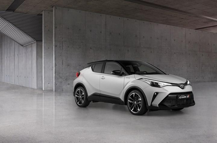 2021 Toyota C-HR, yeni GR Sport donanımıyla daha dinamik bir görünüme kavuşuyor