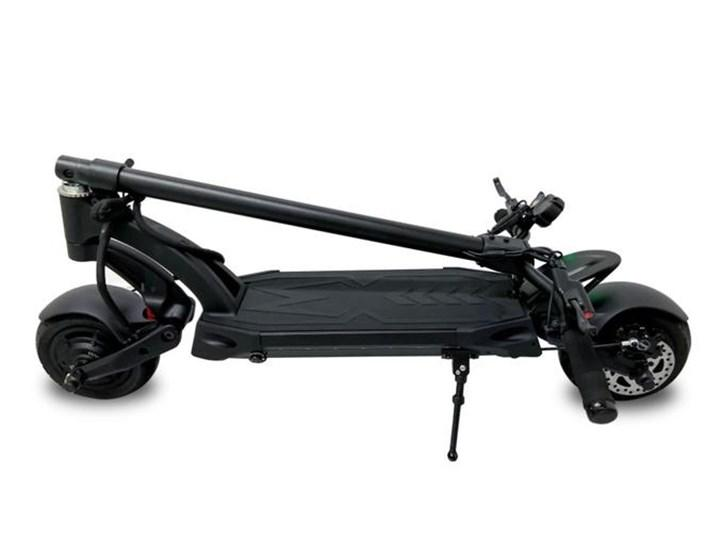 Bu küçük elektrikli scooter 53 km/s hıza çıkabiliyor