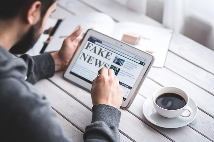 Sahte haberlerin geniş kitlelere yayılmasının önüne geçmek için yeni bir sistem geliştirildi
