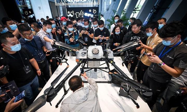 DJI T30 en güçlü tarım odaklı Drone oldu