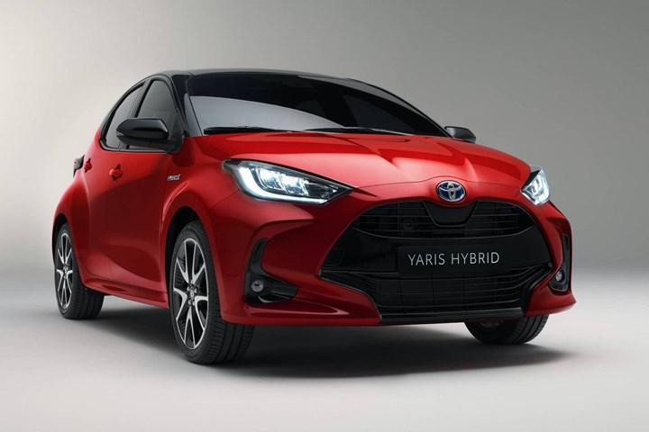 Yeni Toyota Yaris Türkiye'de: İşte fiyatı ve özellikleri