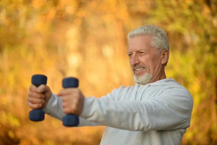 Araştırmalara göre yaşam tarzı değişiklikleri üst yaş gruplarında da obezite mücadelesinde etkili