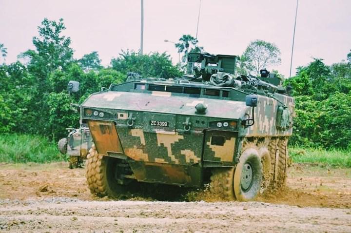 Malezya ordusu, FNSS ortaklığıyla geliştirilen AV-8 8x8 KBRN araçlarıyla tatbikat yaptı