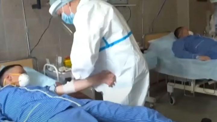 Rusya, 3. faz denemeleri devam eden aşıyı askerlerine uygulamaya başladı