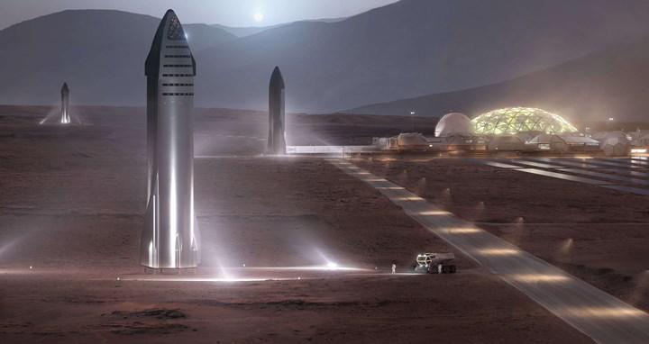 Elon Musk, Mars'a ilk insanların gönderileceği tarihi açıkladı