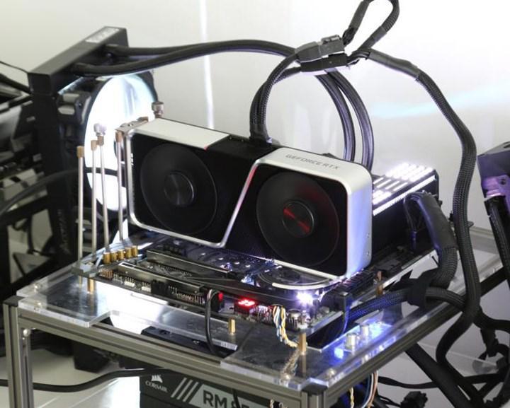 RTX 3060 Ti resmen duyuruldu: RTX 3070 GPU'su taşıyan kartın ilk incelemeleri geldi