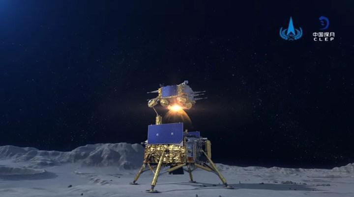 Çin, Ay'a bayrağını dikti! ABD'den sonra bir ilk