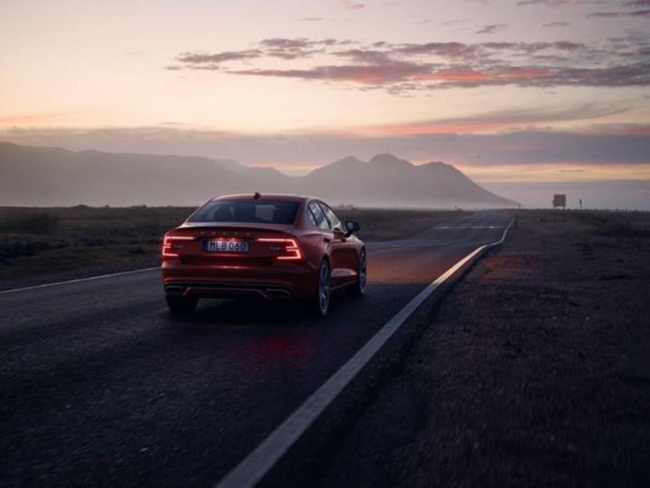 Yeni Volvo S60 için Türkiye yolu göründü: İşte fiyatı