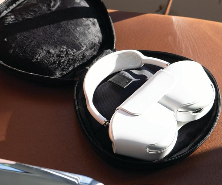 AirPods Max için ilk kılıf aksesuarı geldi