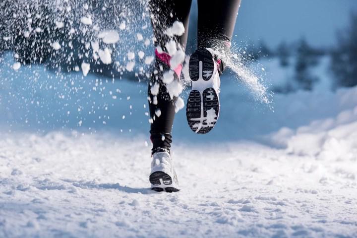 Araştırmalara göre soğuk havalarda egzersiz yapmak yağ yakımını artırabilir