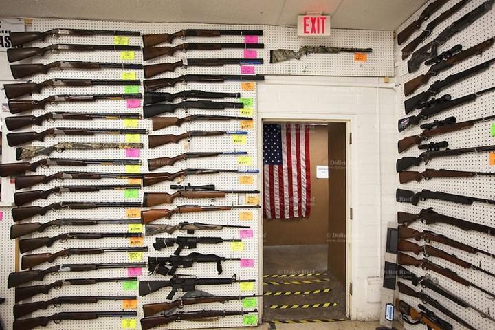 Araştırmalara göre Covid-19 pandemisi sürecinde silah satın alan kişilerde özkıyım riski daha yüksek