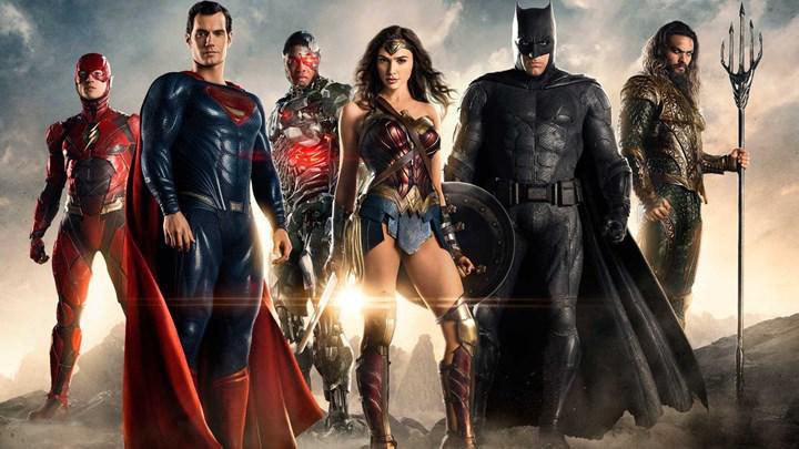 Zack Snyder: 'DC sinema evrenini hiçbir zaman Marvel gibi yapmak istemedik'