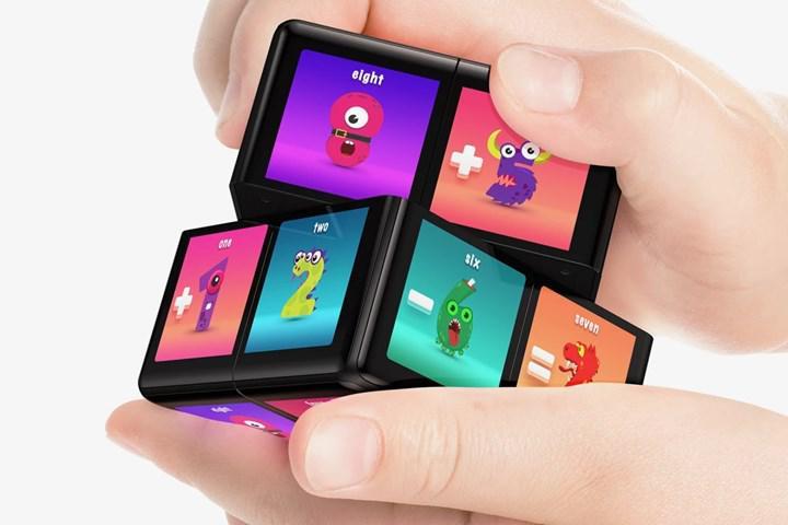Dijital Rubik küp WOWCube satışa çıkıyor
