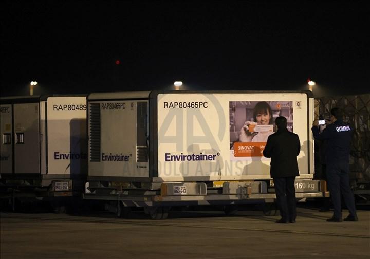 Koronavirüs aşıları nihayet Türkiye'ye geldi