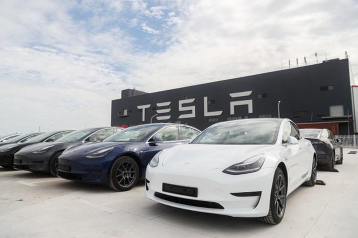 Tesla, 2020'de yarım milyon araç üretti: Pandemiye rağmen kendi rekorunu kırdı