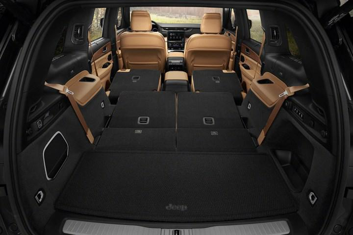 Jeep, 7 kişilik SUV modeli Grand Cherokee L'i tanıttı