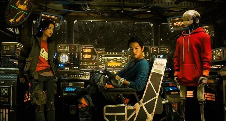 Netflix'in yüksek bütçeli Kore işi Star Wars filmi Space Sweepers'tan fragman paylaşıldı