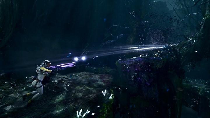 PS5 özel oyunu Returnal'ın yeni oynanış videosu paylaşıldı ve DualSense'i nasıl kullanacağı detaylandırıldı
